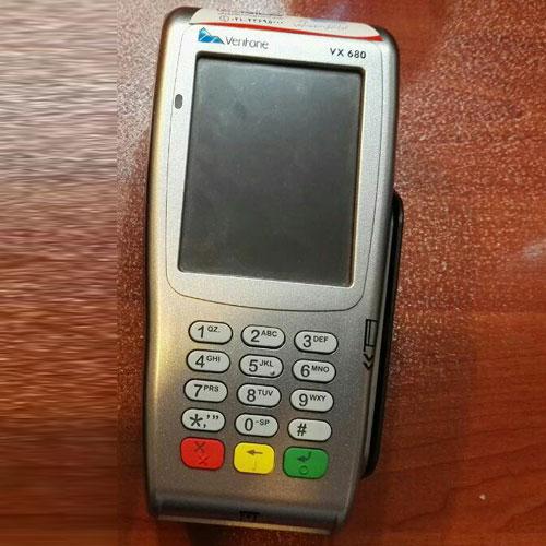 دستگاه کارت خوان سیار verifone 680 - کارتخوان بی سیم لمسی